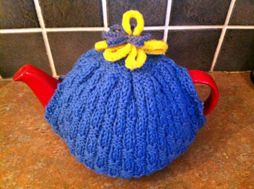 Jane's blue tea cosy